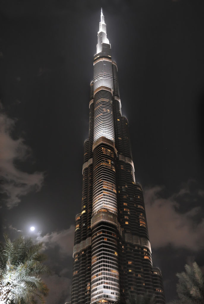Что делать, если родители не пускают на работу в Дубай?