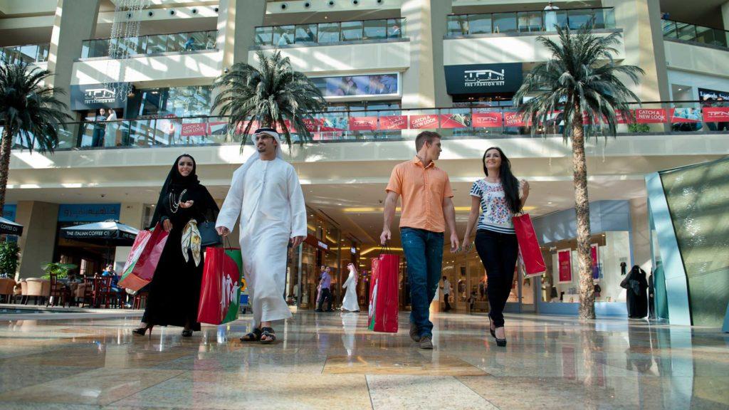 Как найти работу в сфере продаж в Дубае с зарплатой 3000$?