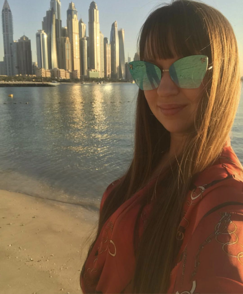 Работа в Дубае. Как найти работу юриста в Дубае?